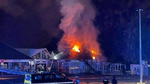 Sud de Caen. Incendie dans un magasin : une pompière légèrement blessée pendant l'intervention
