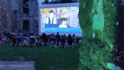 À Plédéliac, le château de la Hunaudaye fait son cinéma