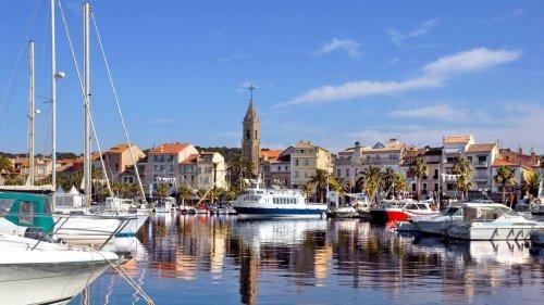 Var : Le maire de Sanary-sur-Mer condamné à un an ferme et cinq ans d'inéligibilité