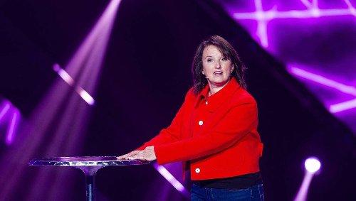 Anne Roumanoff écartée d'Europe 1, tout comme Pascale Clark