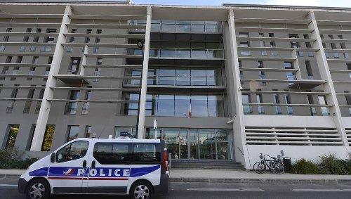 Nantes. Elle frappe une automobiliste et un policier