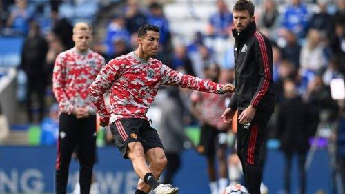Premier League. Les joueurs de Manchester United prennent l'avion pour un trajet de… 10 minutes !