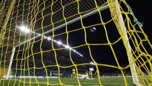 Ligue 1. Canal + négocie aussi en faveur d'un resserrement à dix-huit voire seize clubs