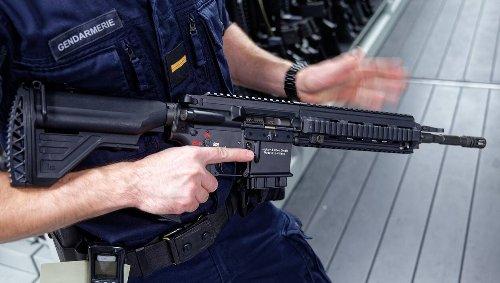 Chaque année, environ 200 armes de guerre sont saisies en France