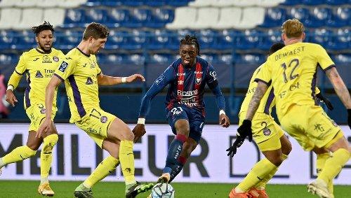Ligue 2. Incorrigible, le SM Caen est au bord du précipice après sa défaite à Toulouse