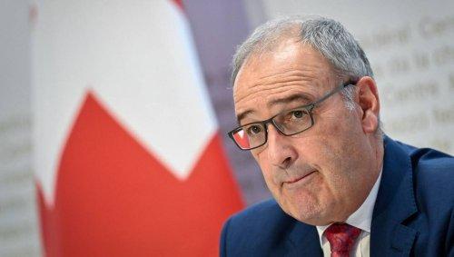 Avions de combat : l'Élysée dément avoir annulé un rendez-vous avec le président suisse