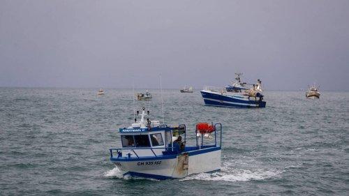 La France va interdire aux bateaux de pêche britanniques de débarquer à partir du 2 novembre