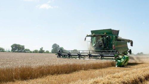 Le Parlement adopte une nouvelle loi pour protéger le revenu des agriculteurs
