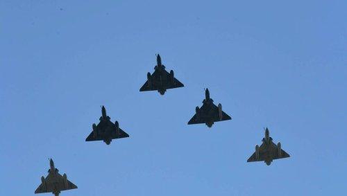 Un missile se détache d'un Mirage 2000 : l'engin « inerte » recherché dans les Landes et en Gironde