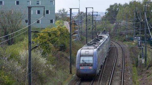 Travaux sur les voies : des cars à la place des trains pendant trois week-ends sur certaines lignes