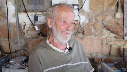PODCAST. Il quitte son île après 32 ans de solitude