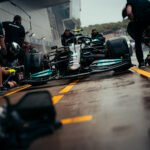 Vidéo. Formule 1 : Fébrile, Hamilton se crash et laisse passer l'occasion en or ! - Le Mag Sport Auto