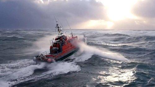 VIDÉO. Les sublimes images des sauveteurs en mer du Finistère dans le gros temps