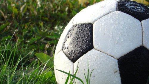Un arbitre de football frappé en Gironde après une bagarre générale au coup de sifflet final