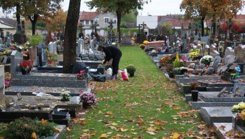 Caen. Cimetières : la reprise des tombes, un travail permanent et méconnu