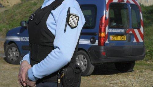 Rave party en Isère. 1000 personnes étaient toujours sur place lundi soir, les gendarmes dressent des PV