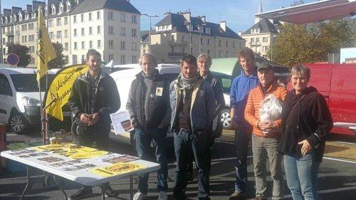 Mobilisation pour défendre l'élevage plein air à Caen