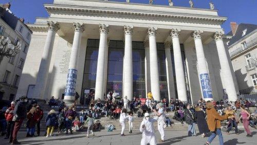 Nantes. Les occupants du théâtre Graslin le quittent samedi 26 juin mais continuent le combat !