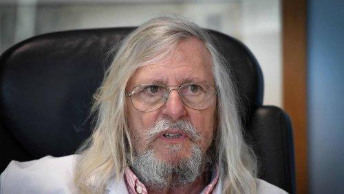 Le CNRS épingle le « populisme scientifique » de Didier Raoult