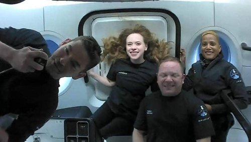 EN IMAGES. À quoi ressemble la vie dans l'espace pour les touristes de SpaceX ?