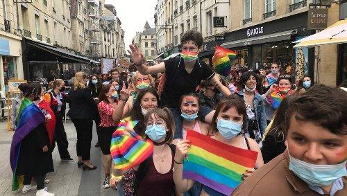 Marche des fiertés : une véritable marée arc-en-ciel dans les rues de Caen