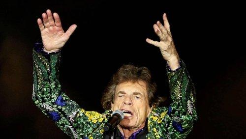 Les Rolling Stones ont rendu hommage à Charlie Watts lors de leur retour sur scène