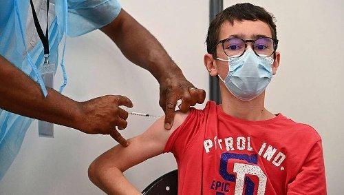 CARTE. Covid-19 : la décrue se poursuit en France et près de 60 % des adultes sont primo-vaccinées