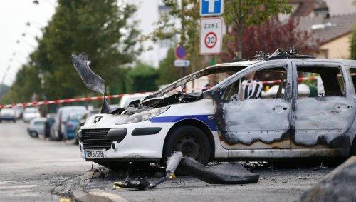 Policiers brûlés à Viry-Châtillon. Verdict attendu ce soir pour les treize agresseurs présumés