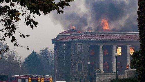 Afrique du Sud. La bibliothèque de Cape Town détruite par un incendie