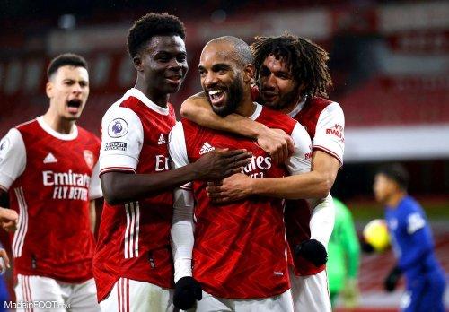 Arsenal met 7 joueurs sur le marché des transferts