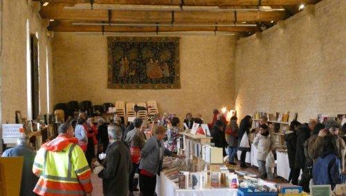 Le Salon du livre d'occasion Des mots plein la Grange, à Ouistreham, va vivre sa 9e édition