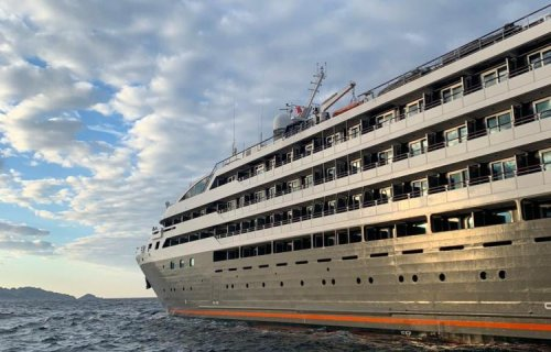 « L'Austral », dernier navire de Ponant en attente à Marseille, est parti