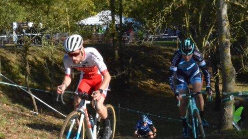 Cyclo-cross. Antoine Lecuyer vainqueur en bord de Loire