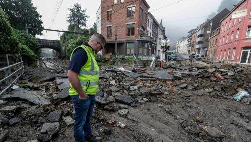 EN IMAGES. En Belgique, désolation après un torrent de boue à Dinant
