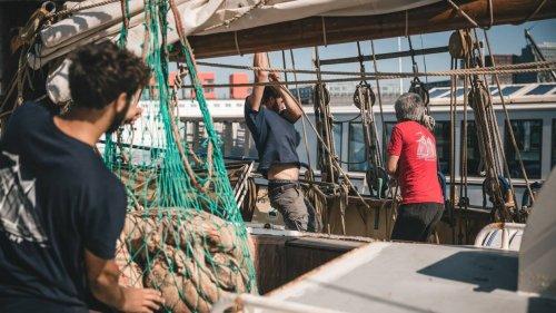 Transport à la voile : Blue Schooner Company surfe sur la demande à Douarnenez