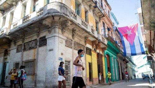 La France apporte 45 millions d'euros à la production de vaccins à Cuba