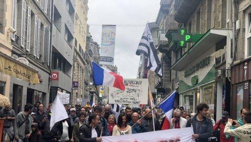 Saint-Brieuc. Les Insoumis appellent à manifester, samedi 31 juillet, contre le passe sanitaire