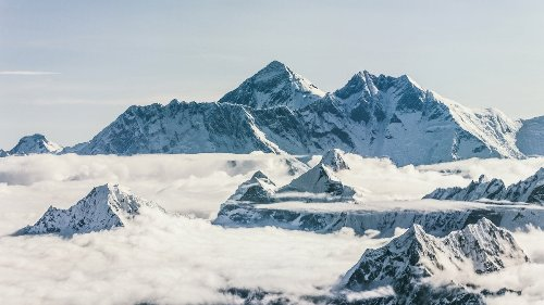 3 New Books Explore Mysteries and Trauma on Everest