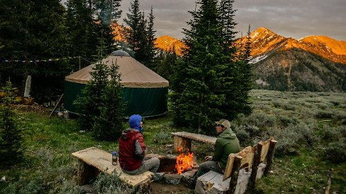 10 Great Hut-to-Hut Trips in the U.S.