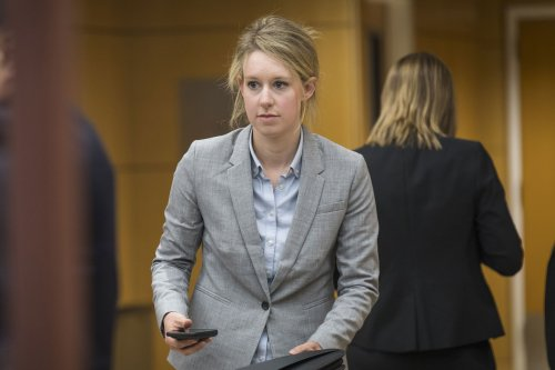 Concern Raised In Elizabeth Holmes Trial Over Possible Unsealing Of Juror Questionnaires | Oxygen Official Site