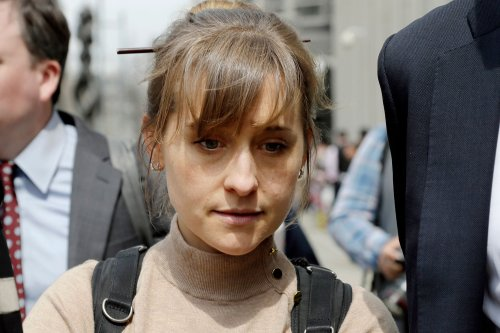 Allison Mack Gave Prosecutors An Audio Recording Of NXIVM Leader Discussing Branding Members   Oxygen Official Site