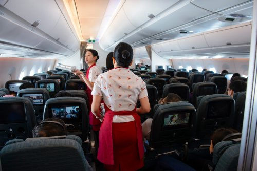 Hong Kong Refuses Visa Extensions for Non-Local Cabin Crew, Cathay Pacific Appeals