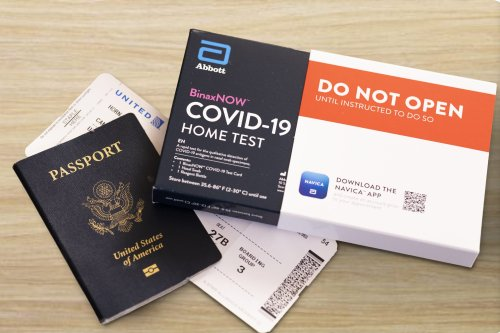United Airlines Wants International Travelers to Bulk Buy COVID-19 Tests