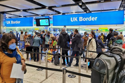 Just One Border Officer On Duty at Heathrow Terminal 5 Leads to Massive Immigration Queues