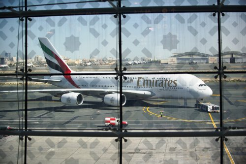 Britain Will Let Transit Passengers Fly Through Dubai, Doha and Other 'Red List' Travel Hubs