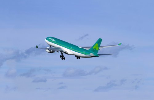 Aer Lingus Tells Cabin Crew, Pilots Not to Get Vaccinated During USA Layovers
