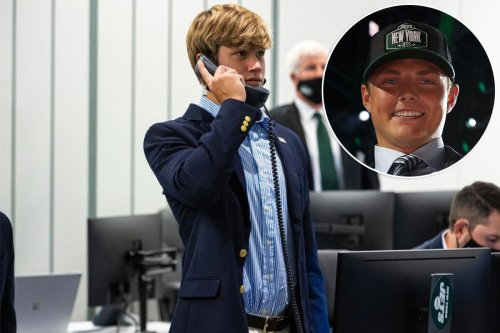 Jets owner Woody Johnson's 14-year-old son takes part in NFL Draft