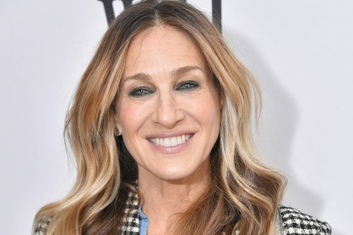 Sarah Jessica Parker spotted at hot West Village pizza joint Zazzy's