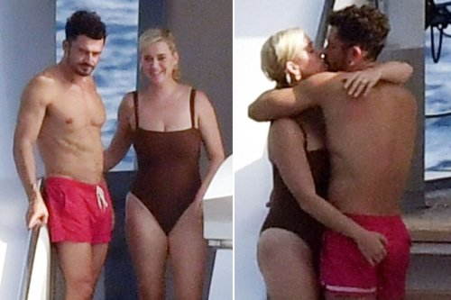 Katy Perry grabs a handful of Orlando Bloom on vacation