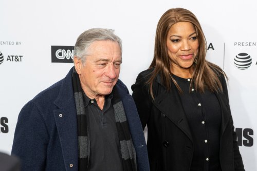 De Niro struggling to keep up with wife's 'thirst for Stella McCartney': divorce lawyer